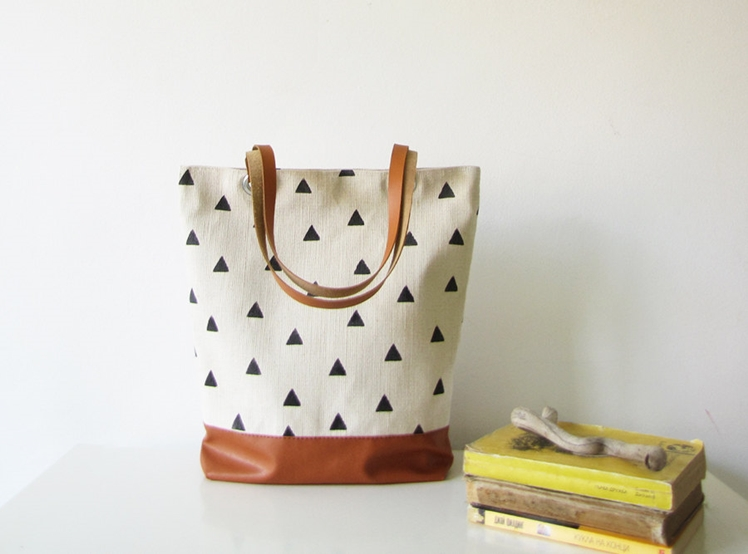 Canvas Tote Bag | byMART