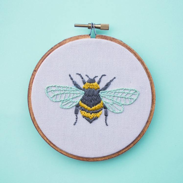 Bee Embroidery | Lazy Lemons
