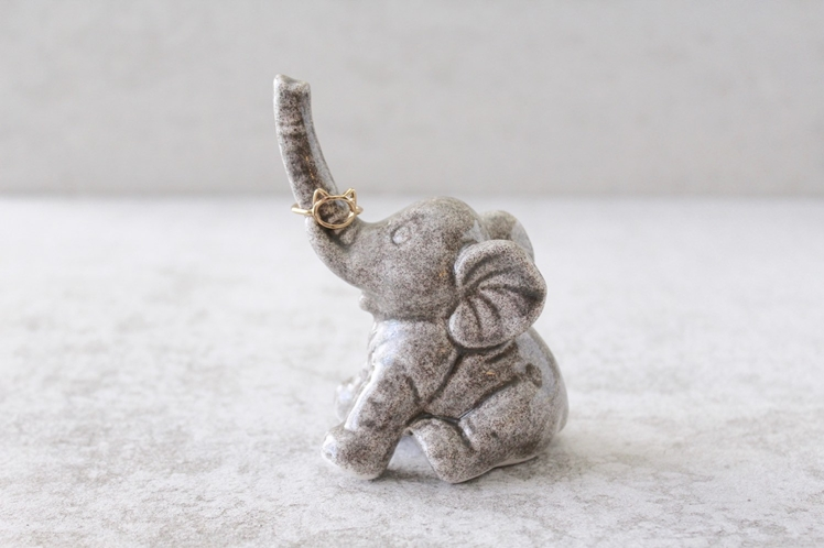 Elephant Ring Holder | Pottery Lodge