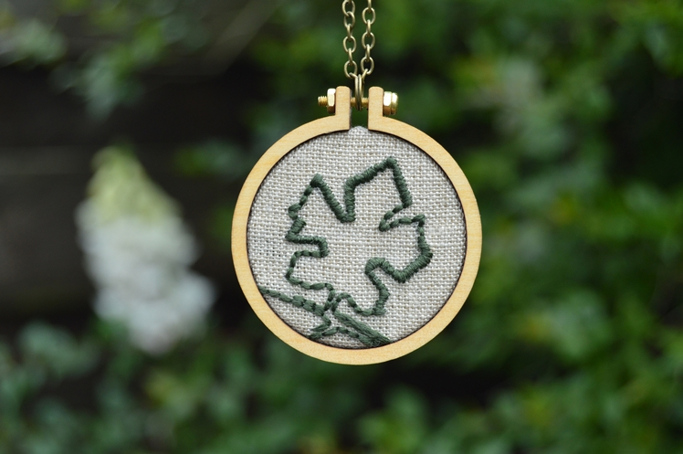 Leaf Embroidered Necklace - Midgins'