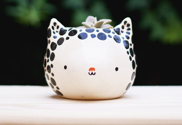 Black and White Cat Planter | Miru Brugmann